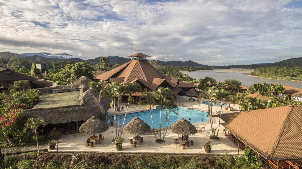 Ecuador - Ahuana - 1557 - Casa del Suizo Location Exterior Pool Forest River