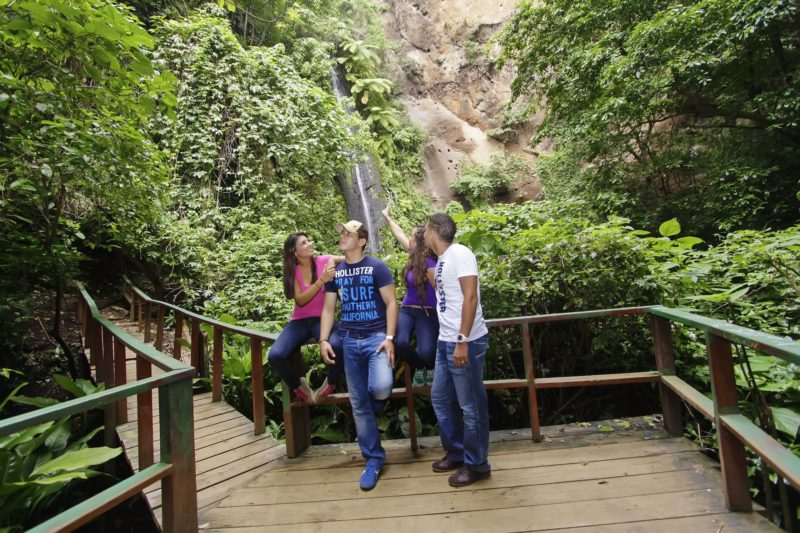 Nicaragua - 10024 - Jungle River Adventure - El chocoyero , Ticuantepe