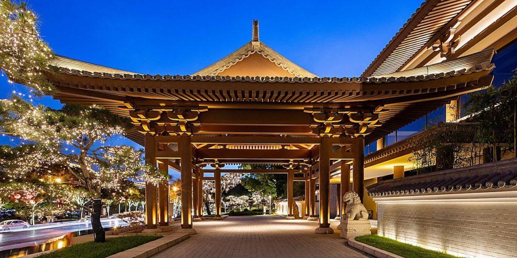 China - Xian - 18262 - Entrance to Hotel