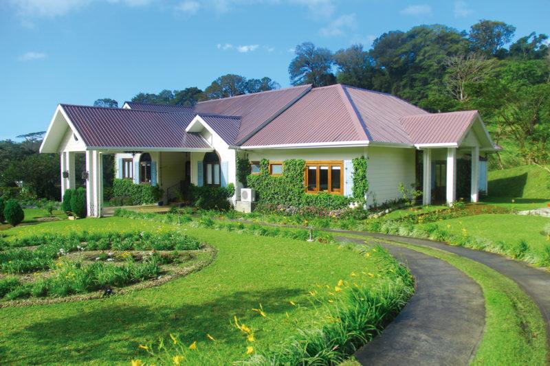 Panama - Boquete - 10024 - The Riverside Inn - Exterior