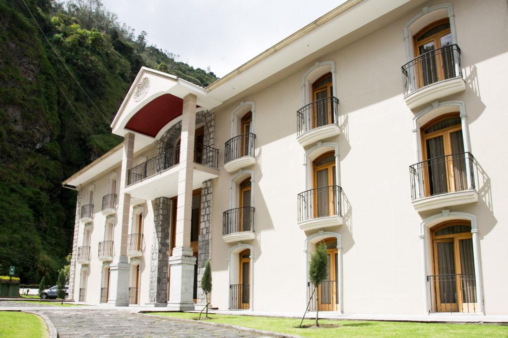 Ecuador - Banos - 1557 - Sangay Hotel Spa Fachada