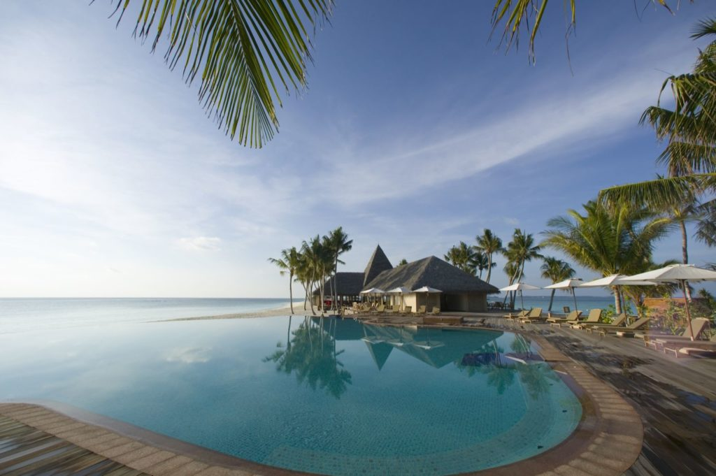 Maldives - North Ari Atoll - 1567 - Veligandu Island Resort - Swimming pool views