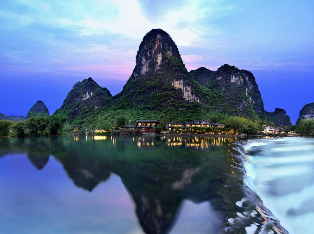 China - Guilin - 18262 - Yangshuo Mountain Retreat lake