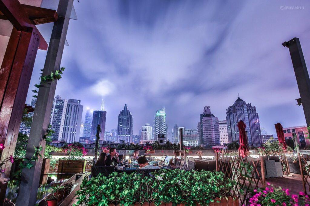 China - Shanghai - 18262 - SSAW Boutique Hotel Shanghai Bund - Exterior rooftop views