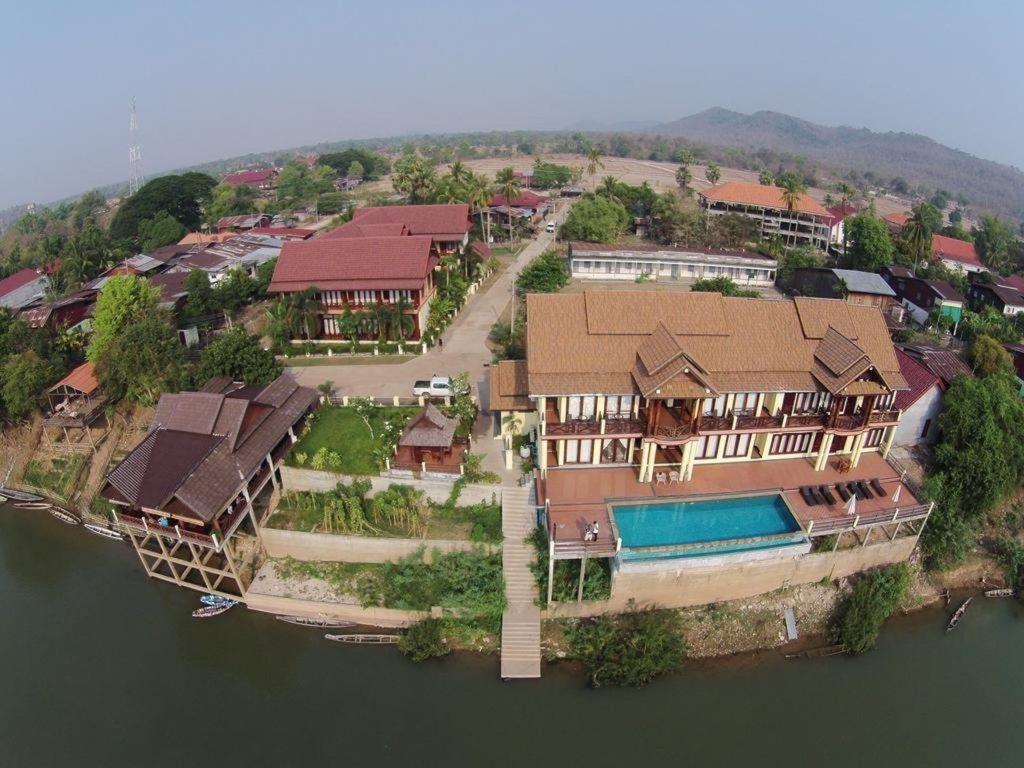 Laos - Khong Island - 17089 - Aerial shot of Hotel