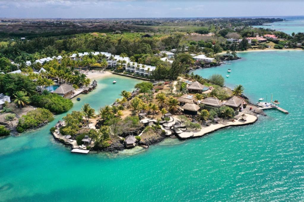 Mauritius - North Coast - 3996 - Paradise Cove Boutique Hotel aerial