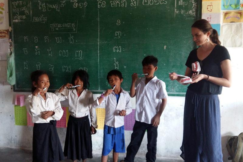 Hygiene Teaching to Kids in Cambodia