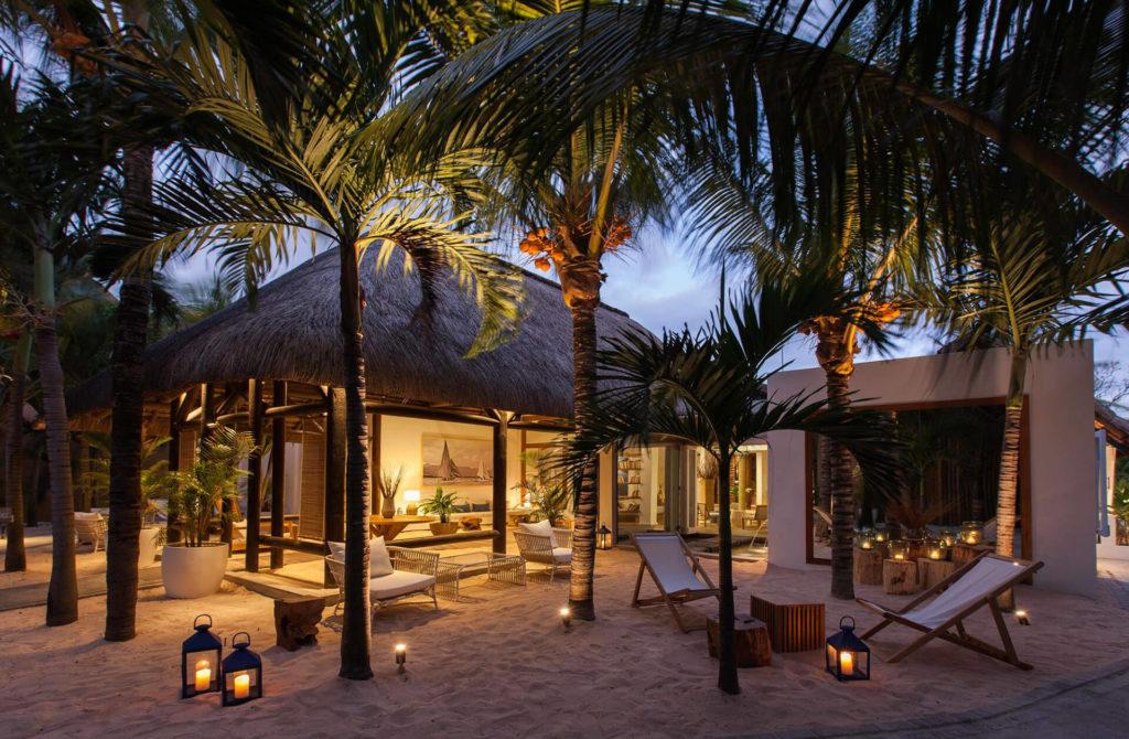 Mauritius - Trou-Aux-Biches - 3996 - Veranda Pointe aux Biches villa on beach