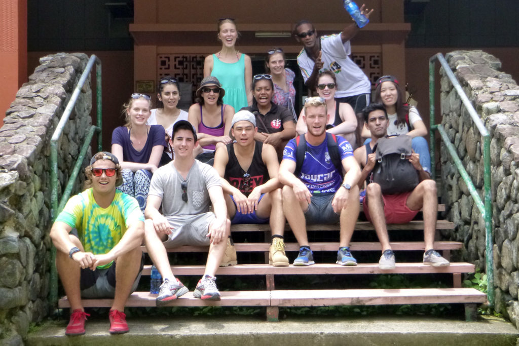 Fiji Group Volunteers
