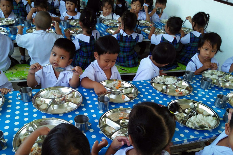 Lunch Time for Thailand Kids