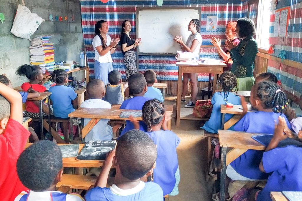 Teaching Primary School Kids Madagascar
