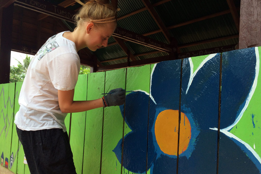 Cambodia Community Painting Project