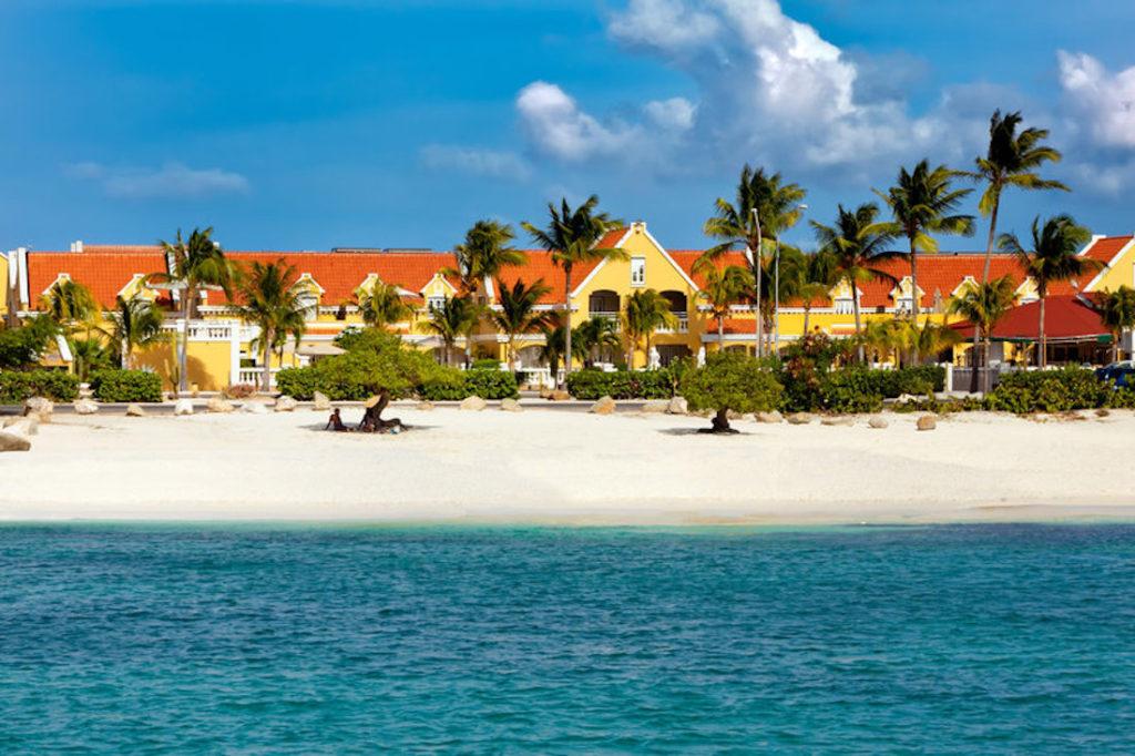 Aruba - Oranjestad - Amsterdam Manor Beach Resort coast