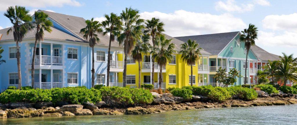 Bahamas - Nassau - Sandyport Beach Resort front