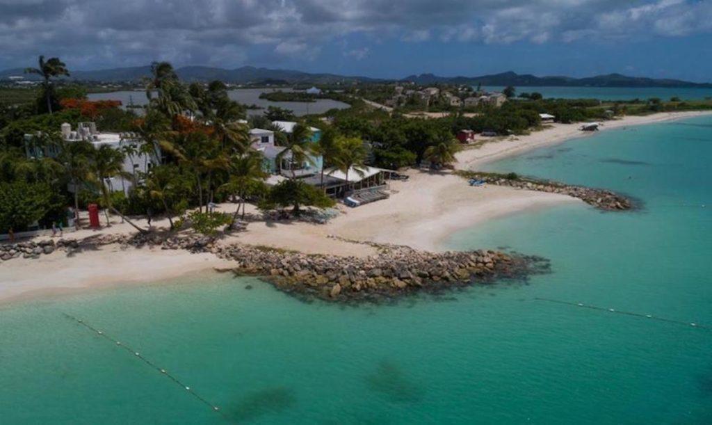 Antigua - St John's - Siboney Beach Club beach