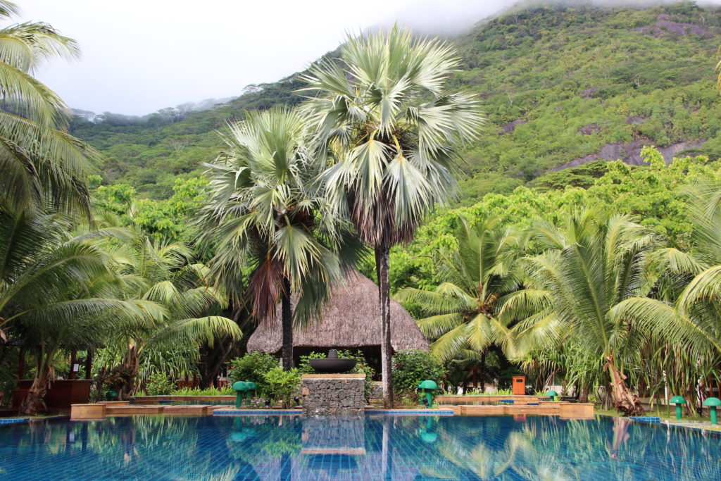 Seychelles - Silhouette - 1554 - Hilton Seychelles Labriz Resort & Spa pool