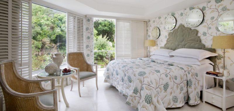 Twelve Apostles Hotel & Spa - Luxury Room
