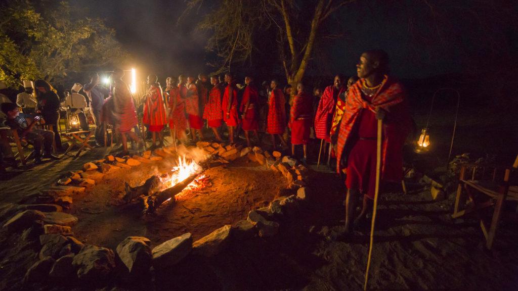 Mara Bushtops - People