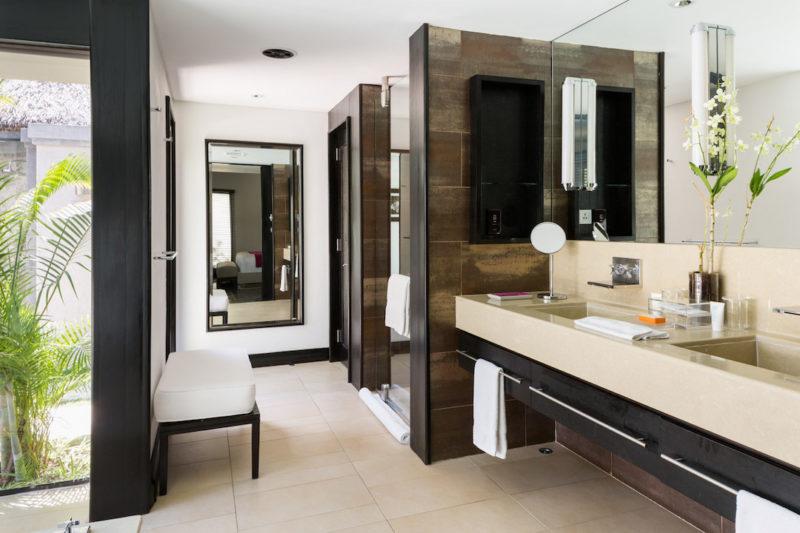 LUX* Belle Mare Resort & Villas - Bathroom