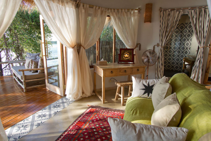 Tongabezi Lodge - River Cottage Bedroom