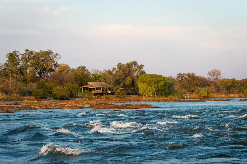 Toka Leya Camp - Lake