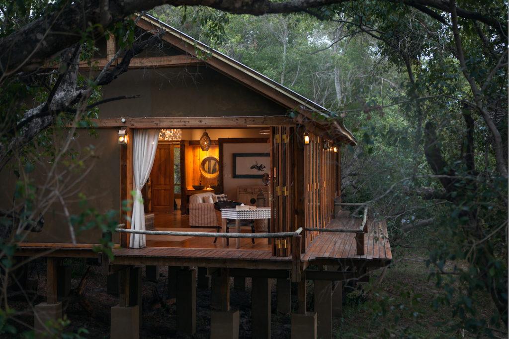 Tongabezi Lodge - Dog House Bedroom