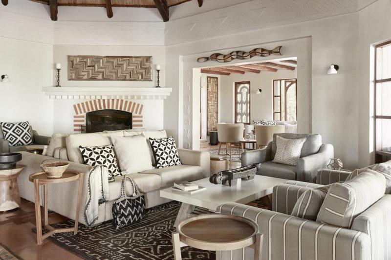 Sanctuary Chobe Chilwero Lodge - Lounge
