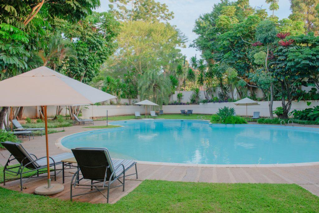 Zambia - Lusaka - 1564 - Southern Sun Ridgeway pool