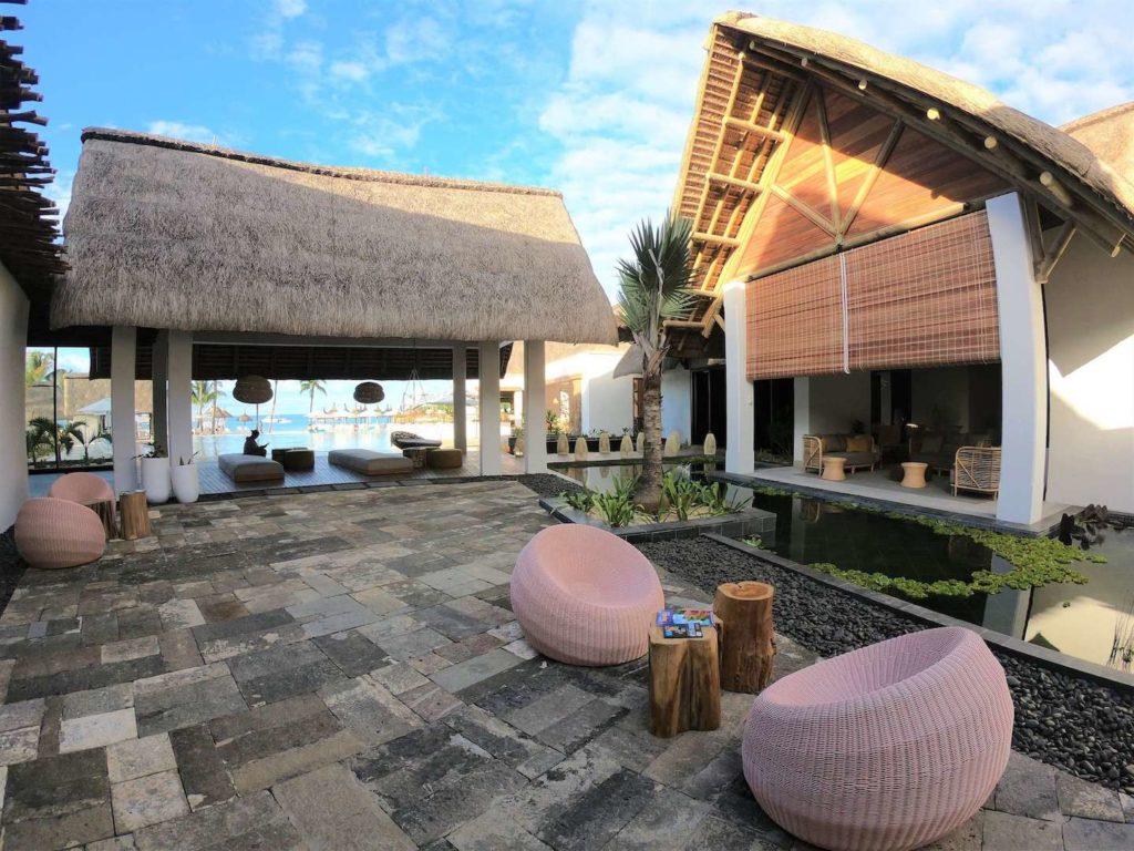 Preskil Resort & Spa - Outside Lounge Area